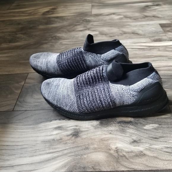 db3b973fb44d3f adidas Other - Adidas Men s UltraBOOST Laceless size 10